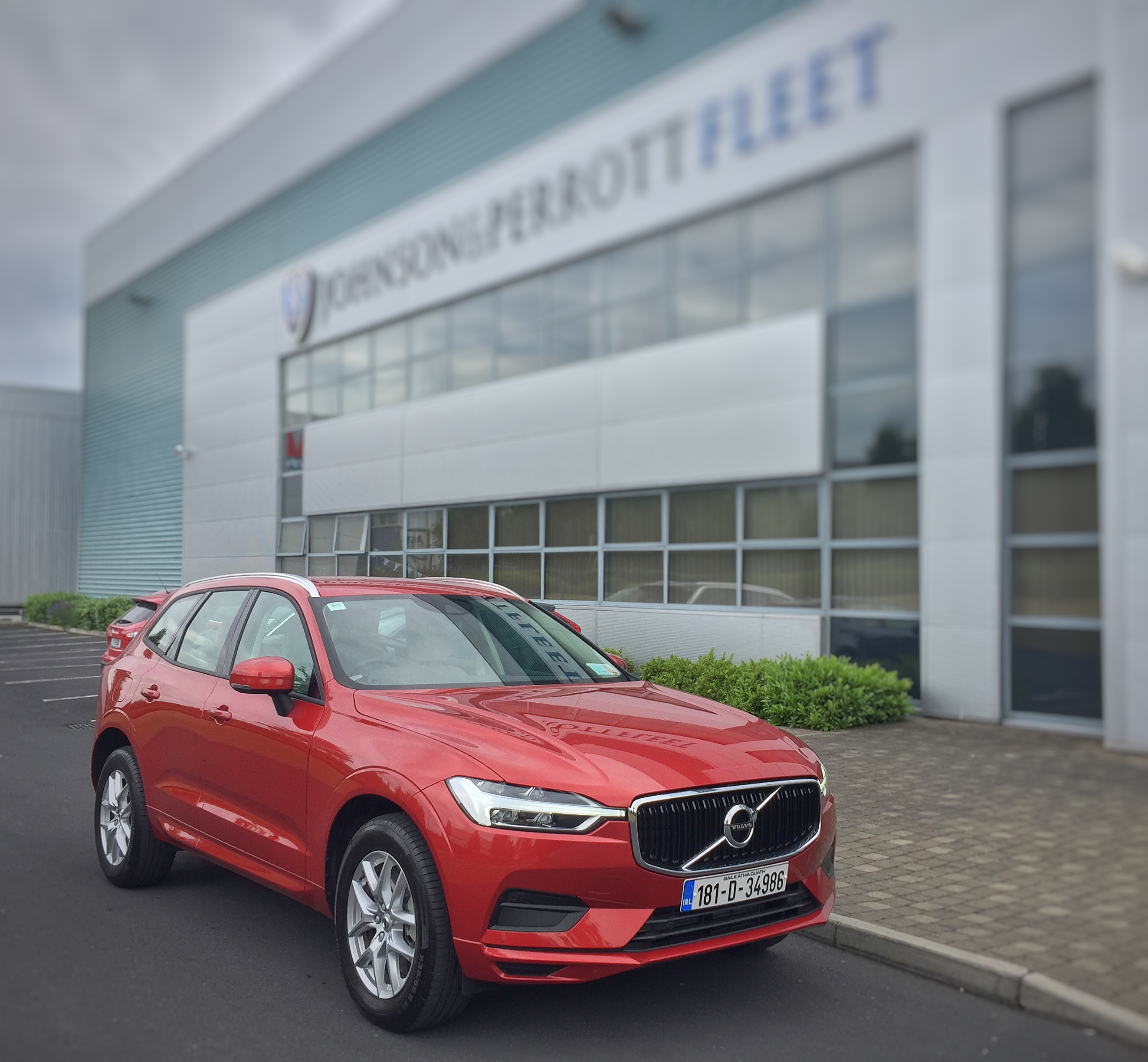 Volvo X60 Lease: Johnson And Perrott Volvo XC60 Leasing