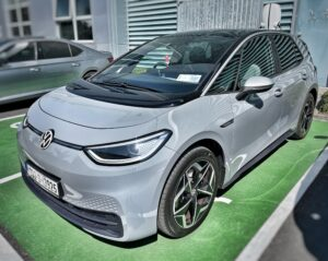 Electric Vehicle Leasing